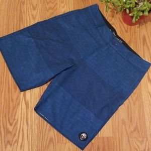 Vanphibian shorts 32 new with out tags